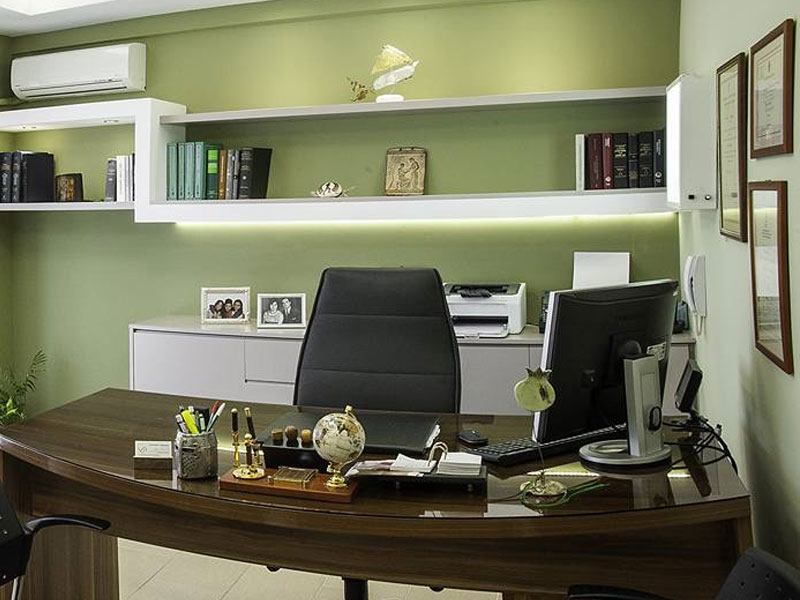 Νικόλαος Τουρούκης - Γραφείο
